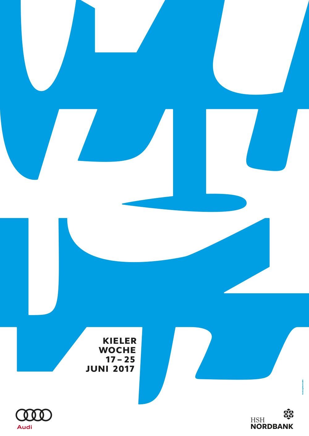 Das offizielle Kieler-Woche-Plakat 2017 zieren Blaue und weiße Kiele, Schwerter und Finnen, die Segelbooten unter Wasser Stabilität verleihen und gleichzeitig das Wasser schneiden.